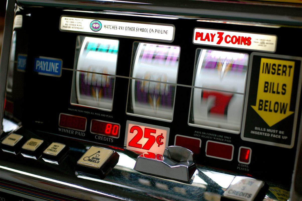 cách chơi máy đánh bạc
