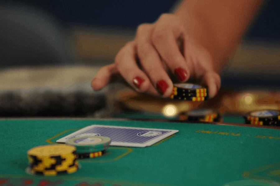 Như trong hình, cách kiếm tiền qua trò chơi blackjack trực tuyến-Hình 3