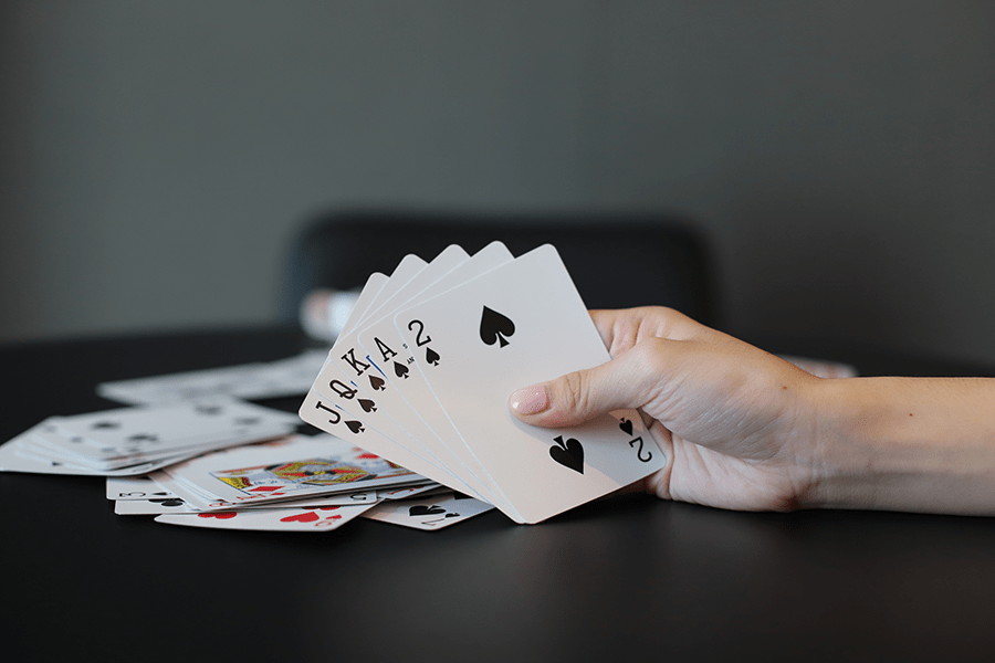 Các thao tác và trò ảo thuật có thể giúp bạn thực hiện tốt trò chơi blackjack-Picture 3