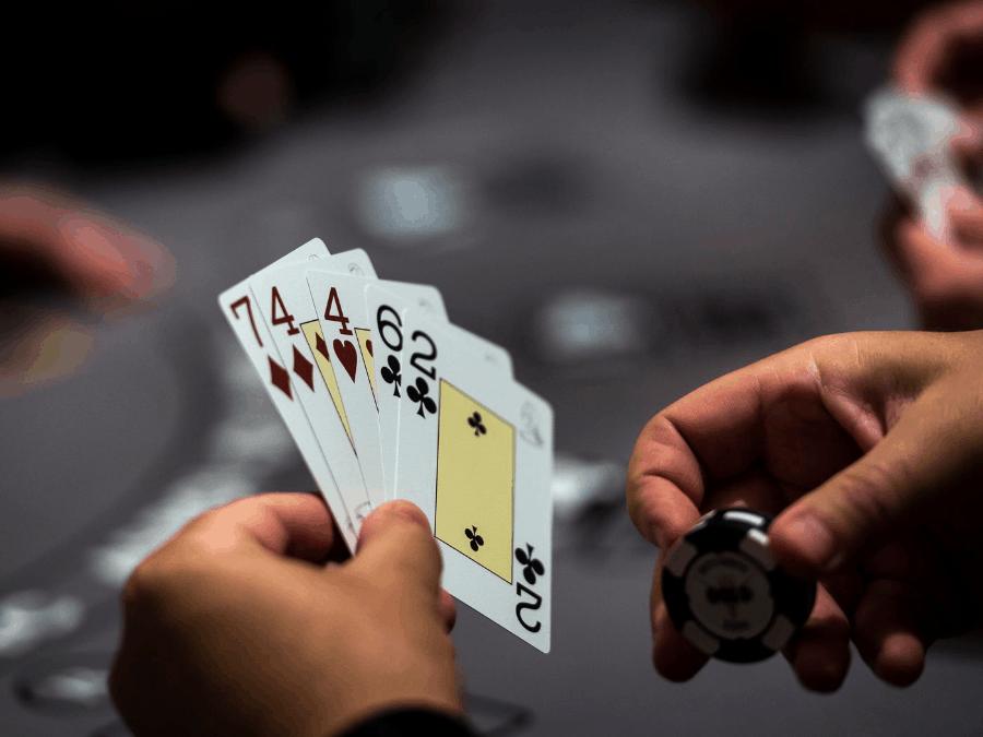 Blackjack cung cấp cho người chơi cơ hội kiếm tiền-Hình 3