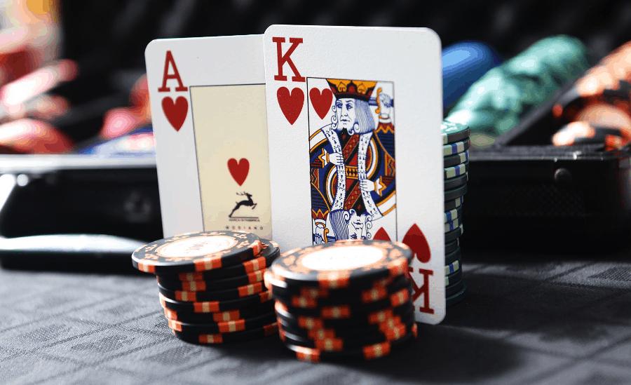 Kiếm tiền như trò chơi poker trực tuyến hai chiều-Hình 3