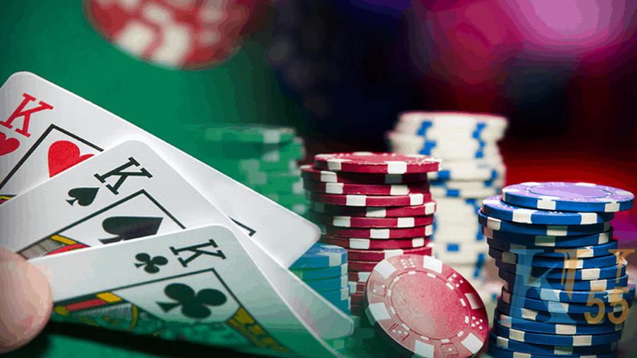 5 tiền thưởng cho người chơi poker
