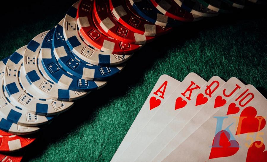 Đừng cố mắc bất kỳ sai lầm nào với những sai lầm này trong poker