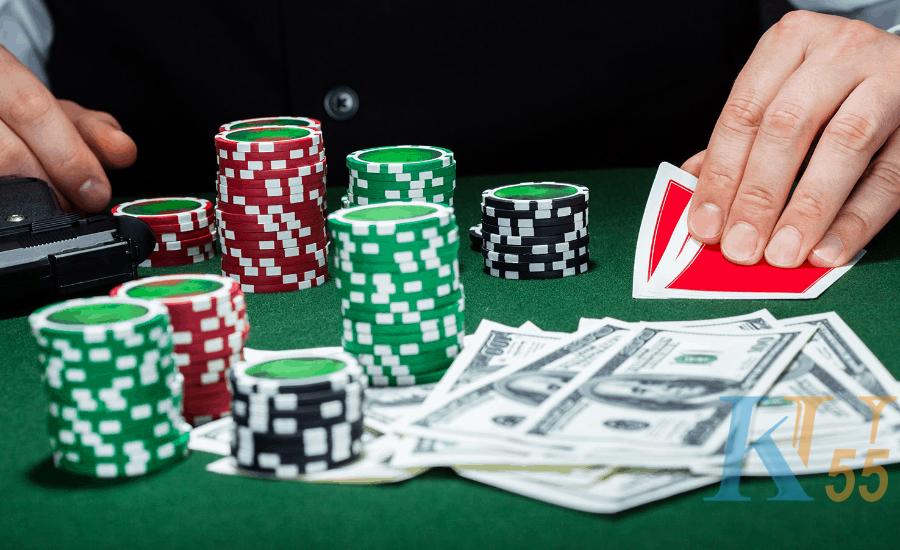 Kiếm tiền như trò chơi poker trực tuyến hai chiều-Hình 1