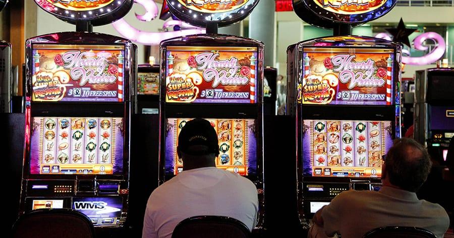 Sử dụng máy đánh bạc để kiếm tiền từ sòng bạc trực tuyến-Hình 1