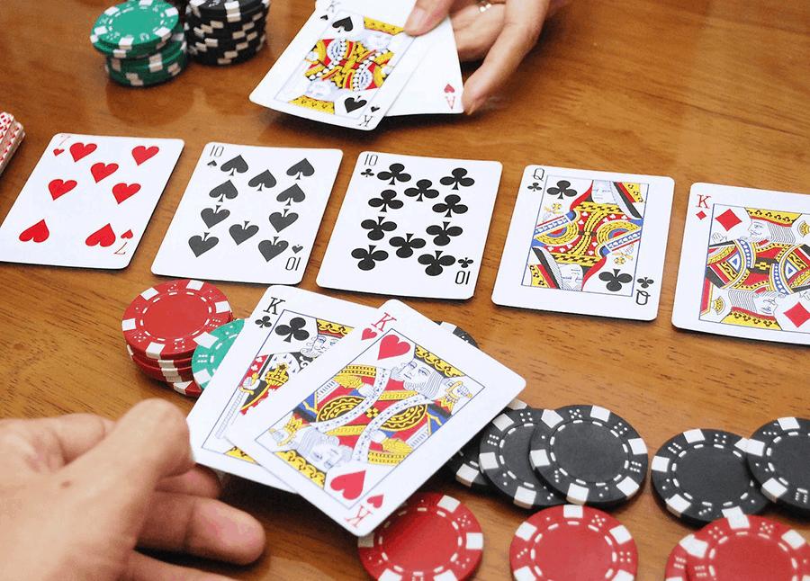 Như trong hình, cách kiếm tiền qua trò chơi blackjack trực tuyến-Hình 1