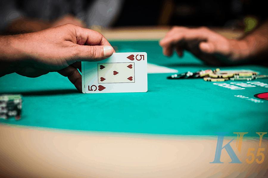 Luật khi chơi Texas Hold'em-Picture 1