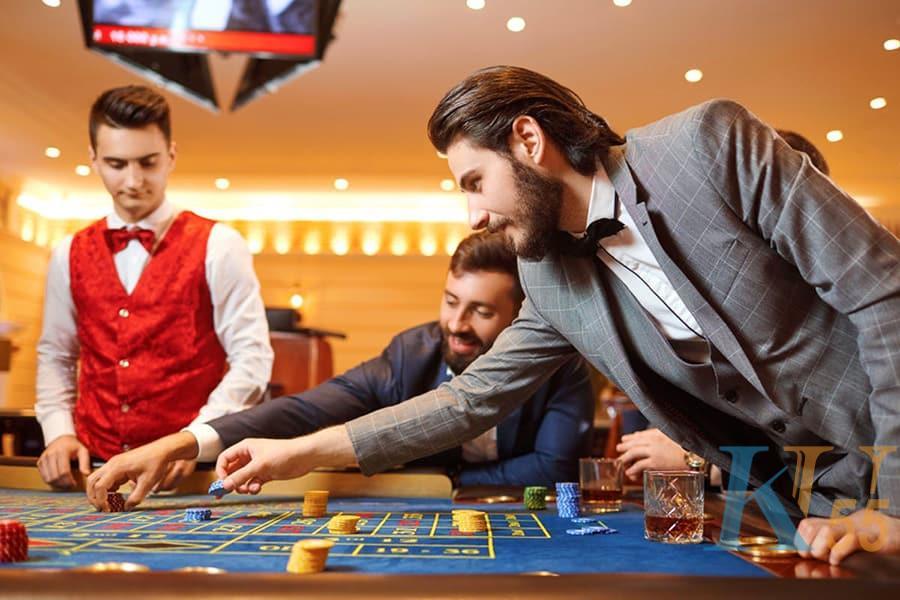 Làm thế nào để tua lại trò chơi roulette trực tuyến? - Bức tranh 1