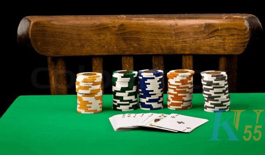 Các cách chơi poker trên thang cao cấp